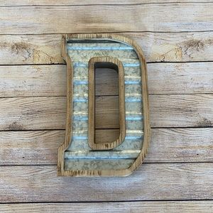 Large Galvanized and Wood D